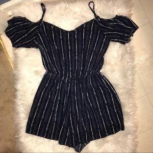 Dresses & Skirts - Cute romper, off shoulders szL